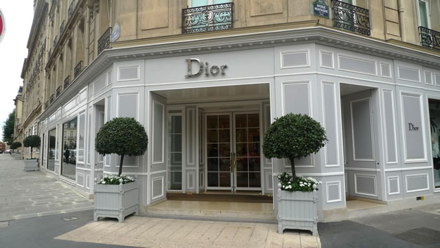 The worldwide fashion shopping guide - Paris shopping boutiques ...