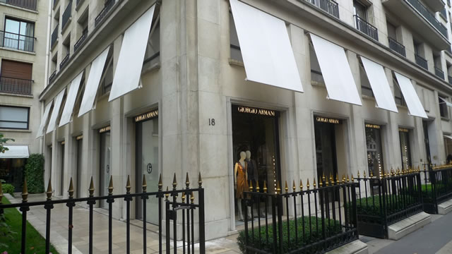 paris best shops  PARIS | BEST SHOPPING VENUES Paris Giorgio Armani Montaigne